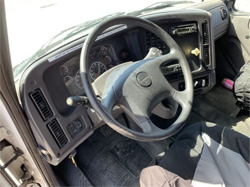 2012 FREIGHTLINER BUSINESS CLASS M2 112 5198167903