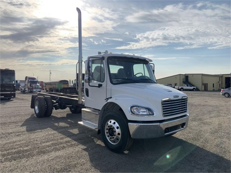 2021 FREIGHTLINER BUSINESS CLASS M2 106 6112456551
